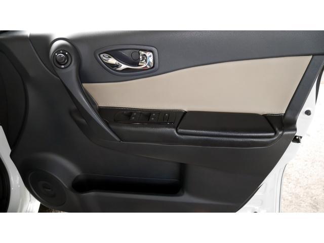 「ルノー」「コレオス」「SUV・クロカン」「大阪府」の中古車55
