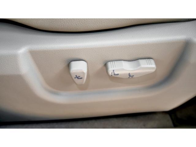 「ルノー」「コレオス」「SUV・クロカン」「大阪府」の中古車31