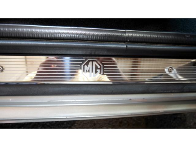 135 80thアニバーサリーSE MGファイナルモデル 特別限定車 禁煙車 キーレスエントリー 16インチアルミホイール ETC ナビ TV オープン シリアルナンバー付き 屋内保管車(63枚目)
