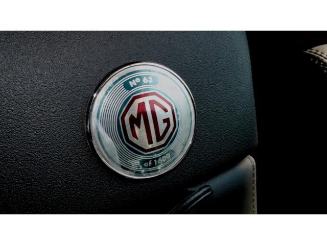 135 80thアニバーサリーSE MGファイナルモデル 特別限定車 禁煙車 キーレスエントリー 16インチアルミホイール ETC ナビ TV オープン シリアルナンバー付き 屋内保管車(66枚目)