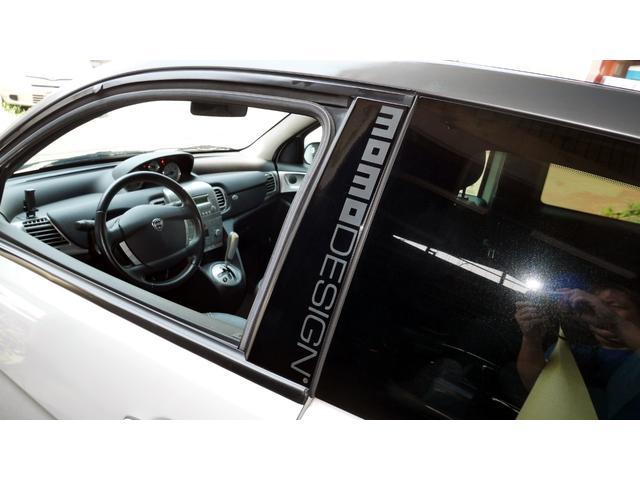 後期モデル 1,4 16V MOMOデザイン Bカラー 電動サンルーフ 5速DNF マット仕上げフロントグリル エアーテックファブリックシート 16インチアルミホイール キーレスエントリー(59枚目)