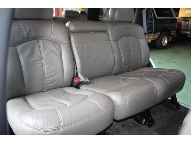 「シボレー」「シボレー タホ」「SUV・クロカン」「兵庫県」の中古車43