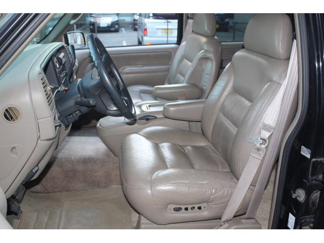 「シボレー」「シボレー タホ」「SUV・クロカン」「兵庫県」の中古車30
