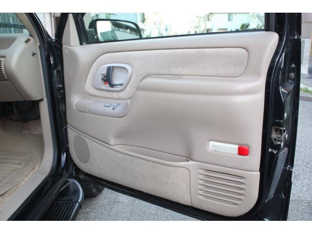 「シボレー」「シボレー タホ」「SUV・クロカン」「兵庫県」の中古車34