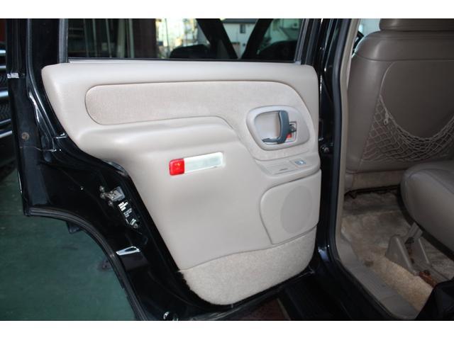 「シボレー」「シボレー タホ」「SUV・クロカン」「兵庫県」の中古車41