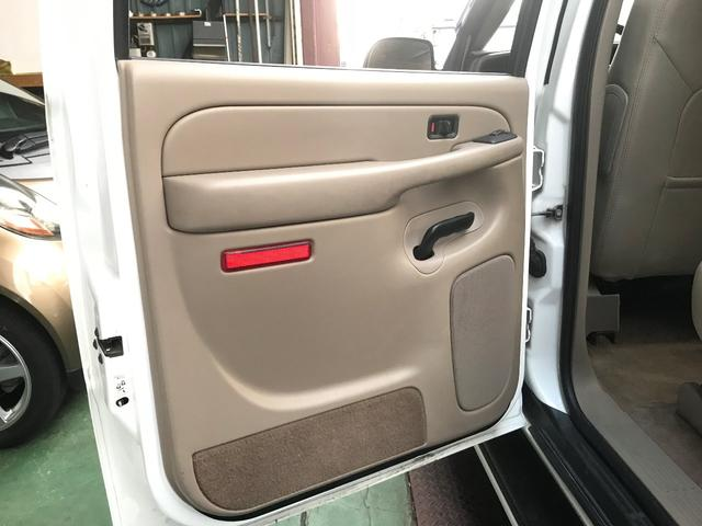「シボレー」「シボレー サバーバン」「SUV・クロカン」「兵庫県」の中古車58