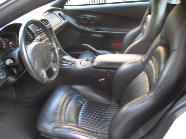 シボレー シボレー コルベット コンバーチブル2000年モデル