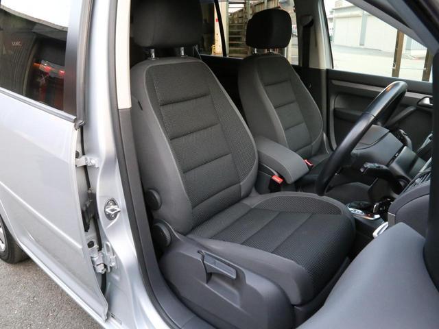 フロントシートもキレイな状態を保っています。