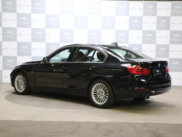 320i xDriveラグジュアリ 黒革ナビ(7枚目)