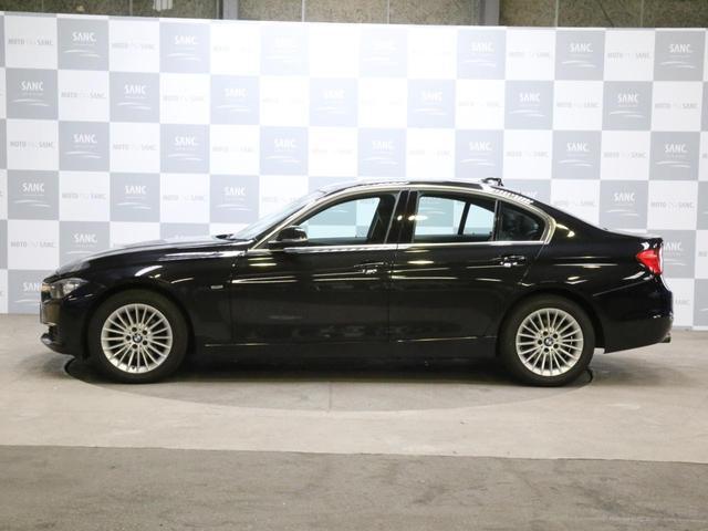 320i xDriveラグジュアリ 黒革ナビ(12枚目)