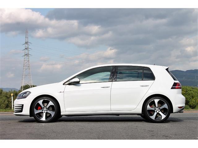 フォルクスワーゲン VW ゴルフGTI DCC・PKG 純正ナビ 自動ブレーキ 1オーナー 禁煙車