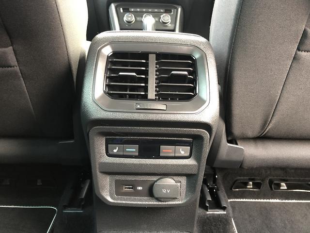 「フォルクスワーゲン」「VW ティグアン」「SUV・クロカン」「京都府」の中古車15