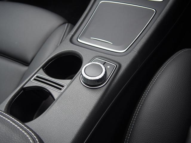 GLA220 4マチック プレミアムP 新車保証継承(10枚目)