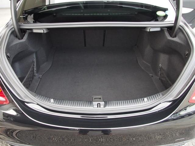C180 ローレウスエディション セーフティP 新車保証継承(17枚目)
