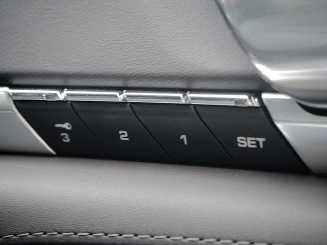ポルシェ ポルシェ パナメーラ 4S PDK 4WD 2014年モデル 認定中古車保証1年付