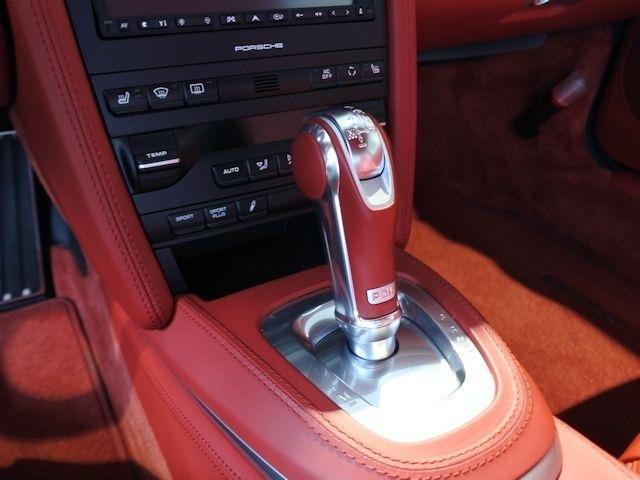 911ターボ PDK 4WD 2010年モデル認定中古車保証(13枚目)