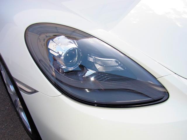 バイキセノンヘッドライトシステム