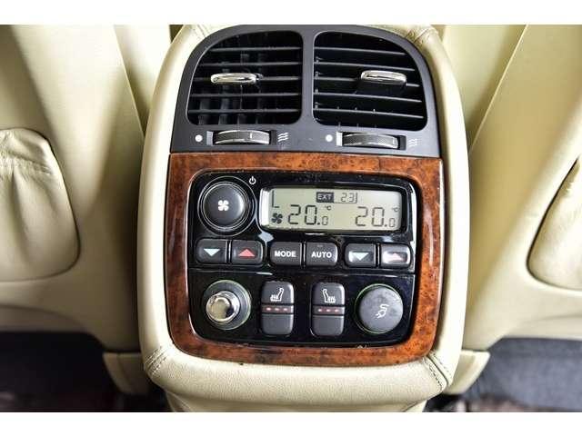 スーパーV8 L ユーザー買取車 ロングボディ(11枚目)