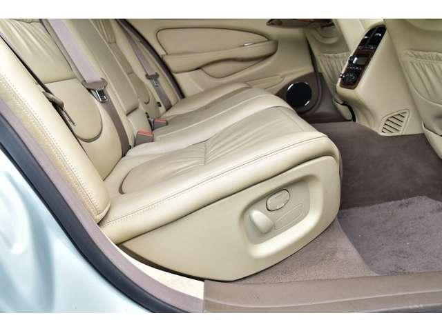 スーパーV8 L ユーザー買取車 ロングボディ(13枚目)