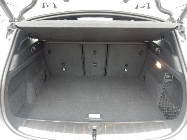sDrive 18i MスポーツX 電動シート ヘッドアップ(9枚目)