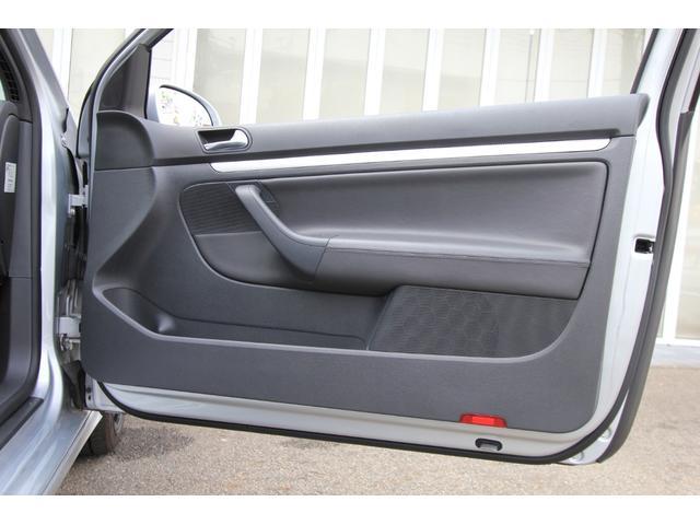 R32 NEEZ鍛造19インチ SACHS車高調 限定レカロ前席2脚 左ハンドル 6MT Alpilリアディフューザー 天張り張替え済み(22枚目)