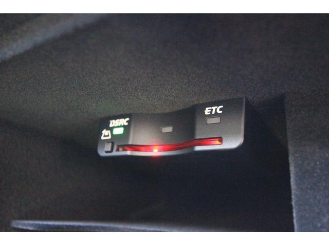 2.0TFSIクワトロ Sラインパッケージ サンルーフ 車高調 Alpil by Brombacher20インチアルミ S-Line専用シート 黒革 シーケンシャルウインカー(27枚目)