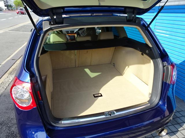 フォルクスワーゲン VW パサートヴァリアント V6 4モーション3.2ベージュ革HDDナビ全国1年保証付