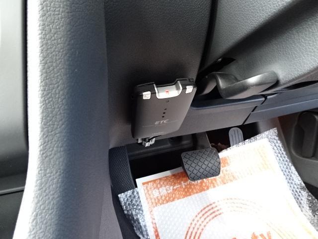 フォルクスワーゲン VW ゴルフ TSIトレンドラインプレミアムED1オーナー地ナビ1年保証