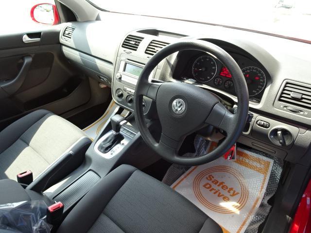 フォルクスワーゲン VW ゴルフ TSIトレンドライン1オーナー新品パナソニックナビ1年保証