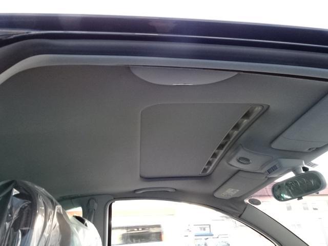 陸送無料/禁煙車/全項目点検整備付/全国1年保証付/新車コーティング納車/ディーラー車/記録簿取説/ワンオーナー/革シート/シートヒーター/サンルーフ/CD/ETC/純正16AW/HIDライト