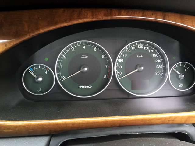 ジャガー ジャガー Xタイプ 2.5 V6SE 4WD