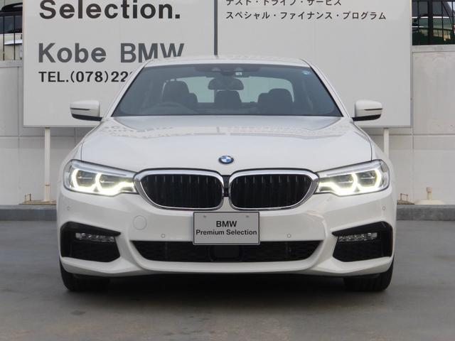 BMW BMW 530e Mスポーアイパフォーマンス 自動駐車システム