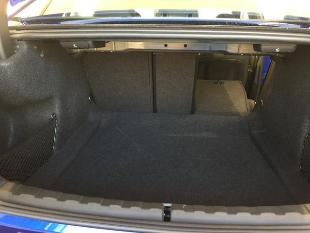 320d xDrive Mスポーツ デビューパッケージ コンフォートパッケージ ブラックレザーシート シートヒーター 19インチアルミホイール 電動トランクゲート LEDヘッドライト バックカメラ HiFiスピーカー 純正HDDナビ(43枚目)