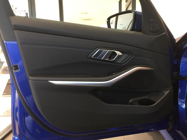 320d xDrive Mスポーツ デビューパッケージ コンフォートパッケージ ブラックレザーシート シートヒーター 19インチアルミホイール 電動トランクゲート LEDヘッドライト バックカメラ HiFiスピーカー 純正HDDナビ(58枚目)