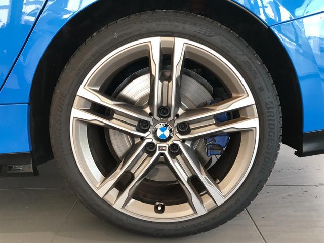 M235i xDriveグランクーペ 弊社デモカー アクティブクルーズコントロール 軽減ブレーキ車線逸脱防止 ガラスサンルーフ 純正HDDナビ トップビューカメラ LEDヘッドライト アルカンターラクロスシート ミラーETC(41枚目)