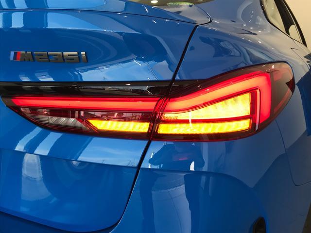 M235i xDriveグランクーペ 弊社デモカー アクティブクルーズコントロール 軽減ブレーキ車線逸脱防止 ガラスサンルーフ 純正HDDナビ トップビューカメラ LEDヘッドライト アルカンターラクロスシート ミラーETC(66枚目)