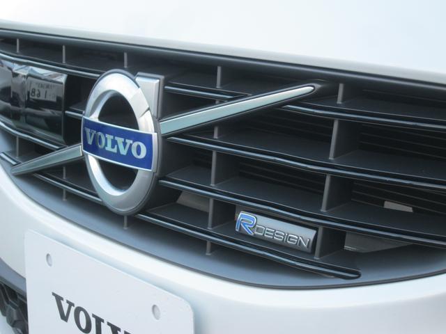 ボルボ ボルボ V60 T4 Rデザイン 2014年モデル VOLVO SELEKT