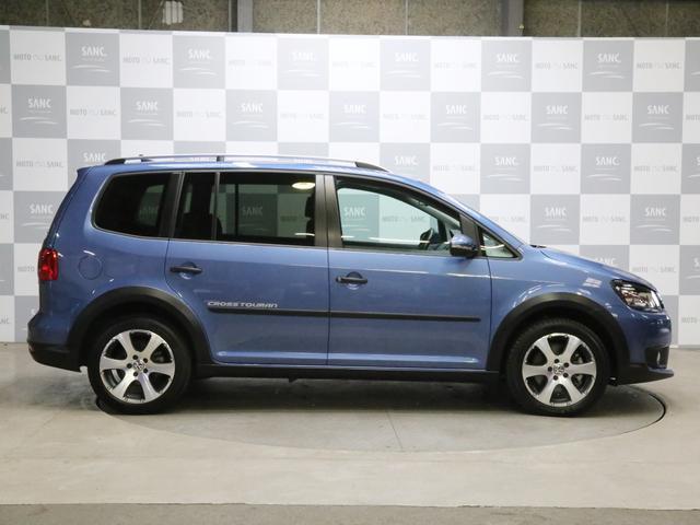 「フォルクスワーゲン」「VW ゴルフトゥーラン」「ミニバン・ワンボックス」「兵庫県」の中古車4
