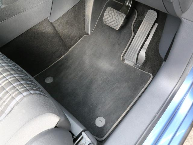 「フォルクスワーゲン」「VW ゴルフトゥーラン」「ミニバン・ワンボックス」「兵庫県」の中古車50
