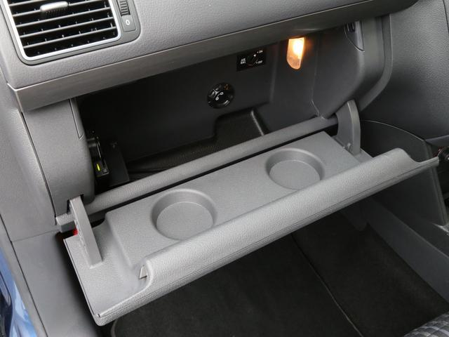 「フォルクスワーゲン」「VW ゴルフトゥーラン」「ミニバン・ワンボックス」「兵庫県」の中古車68