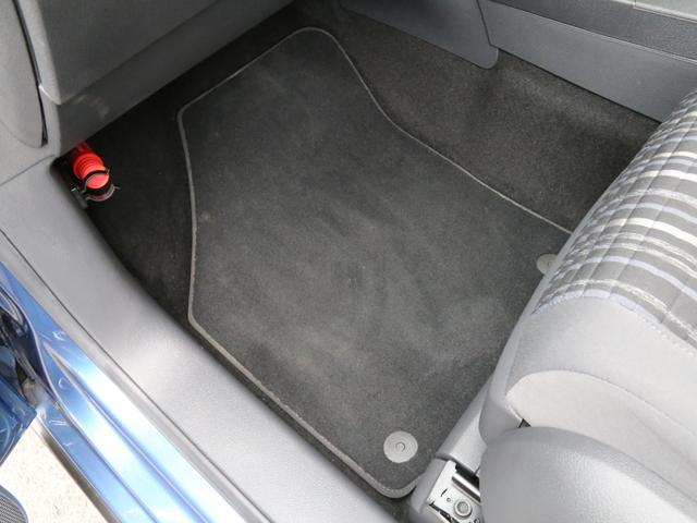 「フォルクスワーゲン」「VW ゴルフトゥーラン」「ミニバン・ワンボックス」「兵庫県」の中古車71