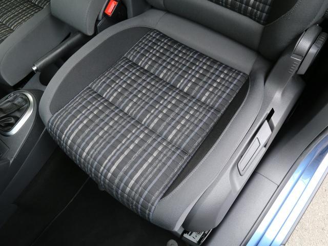 「フォルクスワーゲン」「VW ゴルフトゥーラン」「ミニバン・ワンボックス」「兵庫県」の中古車72