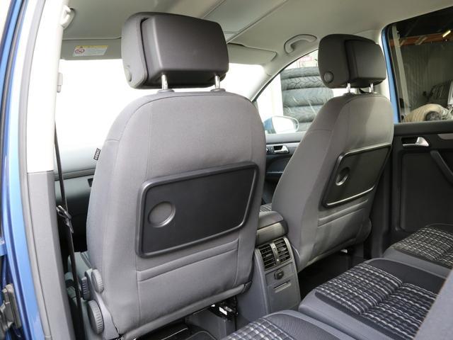 「フォルクスワーゲン」「VW ゴルフトゥーラン」「ミニバン・ワンボックス」「兵庫県」の中古車75
