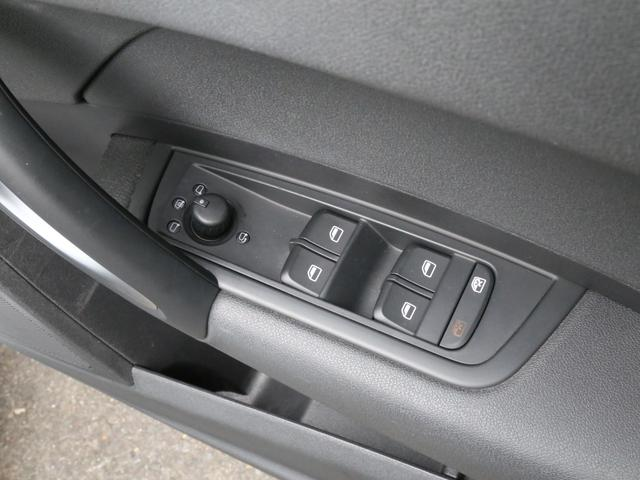 1.4TFSI 2014yモデル S-Lineパッケージ 禁煙車 Sライン専用エアロ・シート・サスペンション 純正ナビ フルセグTV USB 17AW A-STOP(71枚目)