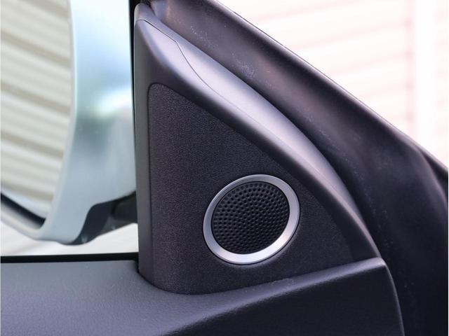 ベースグレード 禁煙 純正ナビ フルセグTV バックカメラ 純正オプション20AW パドルシフト 黒革シート アウディドライブセレクト バングアンドオルフセンサウンドシステム ブリスターフェンダー 大型ブレーキ(20枚目)