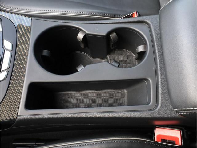 ベースグレード 禁煙 純正ナビ フルセグTV バックカメラ 純正オプション20AW パドルシフト 黒革シート アウディドライブセレクト バングアンドオルフセンサウンドシステム ブリスターフェンダー 大型ブレーキ(42枚目)