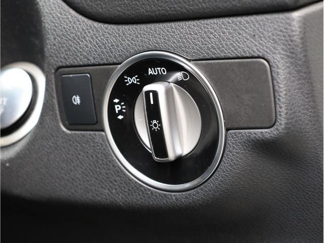 GLA180 スポーツ 禁煙1オーナー レーダーセーフティパッケージ レーンキープアシスト 純正ナビ フルセグTV USB入力端子 Bluetooth バックカメラ 電動リアゲ-ト 衝突被害軽減ブレ-キ 各部レッドステッチ(21枚目)