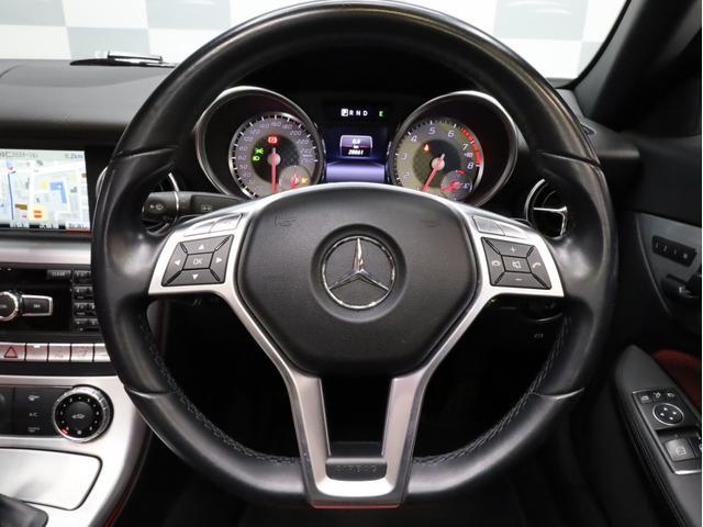 SLK200レーダーセーフティエディション 禁煙 特別仕様車 AMGスポーツパッケージ マジックスカイコントロールルーフ 赤革 純正ナビTV バックカメラ 前後コーナーセンサー レーダーセーフティパッケージ(33枚目)