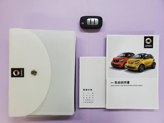 ターボ 禁煙車 ケンウッド製ドラレコ ETC リアコーナーセンサー クルコン 15AW スペアキー 取説 新車時保証書 フロアマット(2枚目)