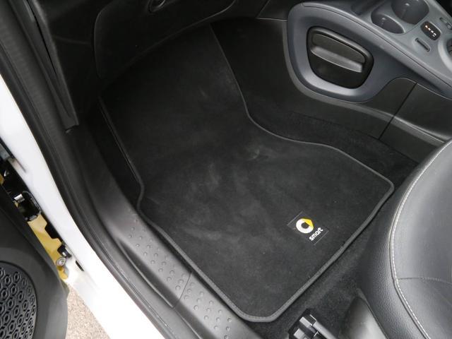 ターボ 禁煙車 ケンウッド製ドラレコ ETC リアコーナーセンサー クルコン 15AW スペアキー 取説 新車時保証書 フロアマット(32枚目)